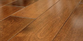 Oak wood flooring – eleganckie podłogi dębowe.