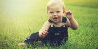 Na co zwrócić uwagę kupując ubranka dla niemowlaka