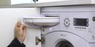 Jak wyjąć szufladę na proszek z pralki?